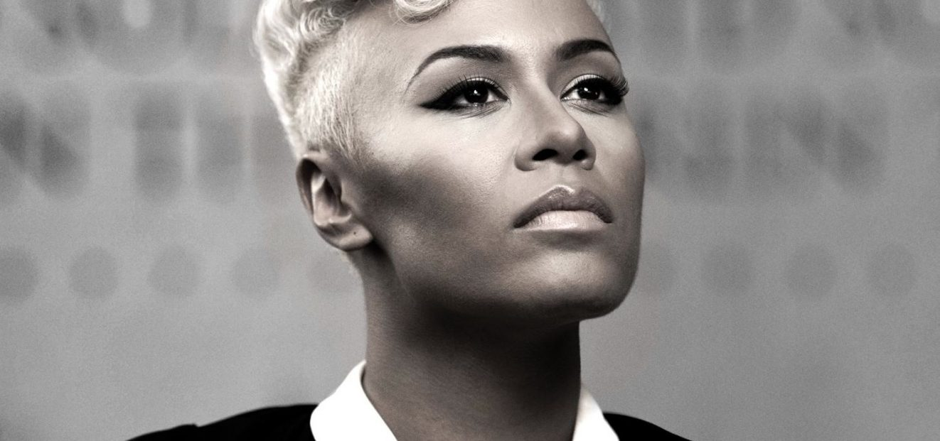 Brit Award Winner Emeli Sandé, the Best British Artist of 2017 Sings in the O2 arena for the First Time in Front of the Czech Audience